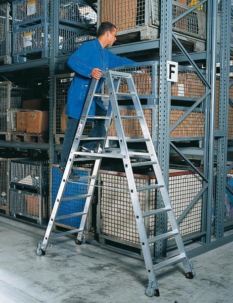 Aluminum-Stufen-Stehleiter beidseitig begehbar mit Rollen